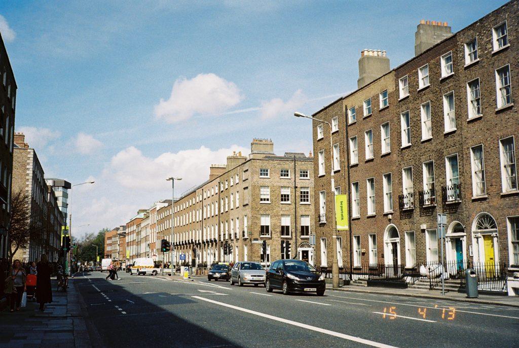 ダブリンにある語学学校付近の道